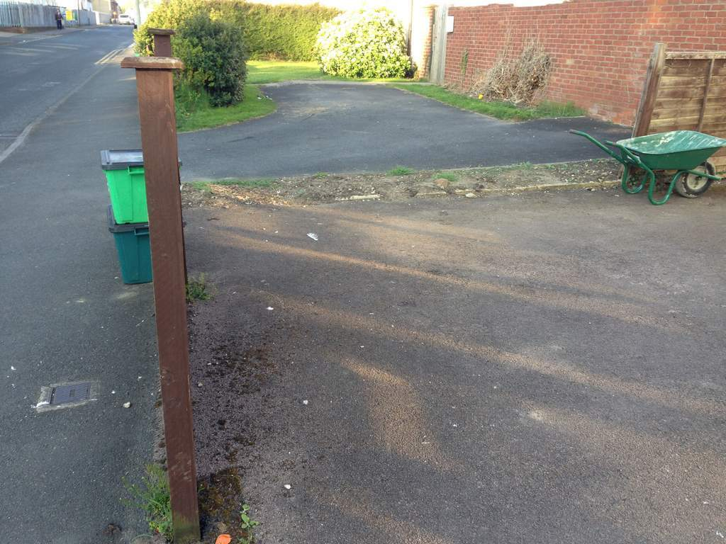 Front driveway landscaping landscape gardeners in cheltenham driveway tarmac laying workwithnaturefo